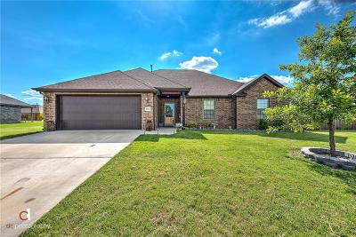 Pea Ridge Single Family Home For Sale: 1055 Choate CIR