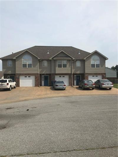 Siloam Springs Multi Family Home For Sale: 2919 Meridian PL