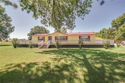 Prairie Grove Single Family Home For Sale: 1496 Viney Grove RD