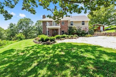 Washington County Single Family Home For Sale: 12218 E Devils Den RD