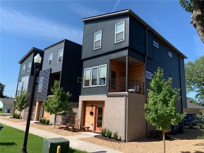 Bentonville Single Family Home For Sale: 640 SW B ST