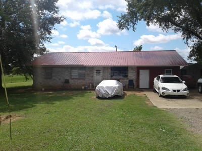 Clarksville Single Family Home For Sale: 9549 Hwy 352