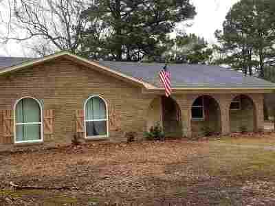 Texarkana Single Family Home For Sale: 3302 Robin Circle
