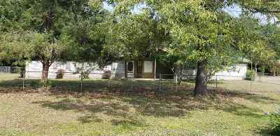 Single Family Home For Sale: 329 Tomahawk