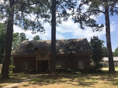 Texarkana Single Family Home For Sale: 2201 Pineview