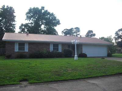 Texarkana Single Family Home For Sale: 3529 Oakhill Drive