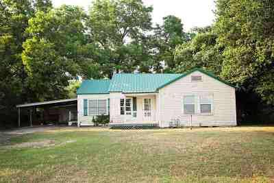 New Boston Single Family Home For Sale: 404 W Hwy 82