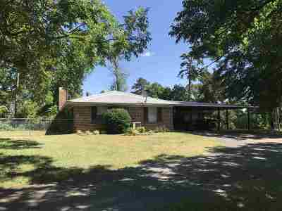 Atlanta Single Family Home For Sale: 96 Fm 1154 #Corner o