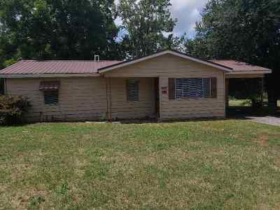 Red River County Single Family Home For Sale: 375 N Austin