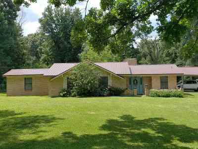 Single Family Home For Sale: 1032 Earnest Rd