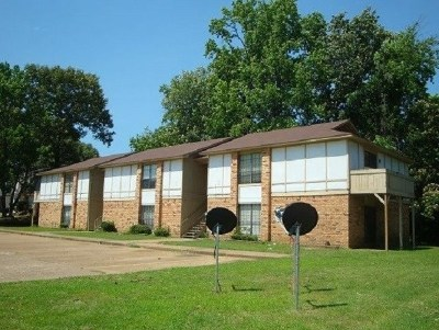 Texarkana Multi Family Home For Sale: 615 Champion Place