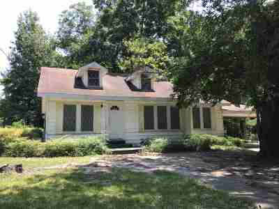 Atlanta Single Family Home For Sale: 212 Pecan St