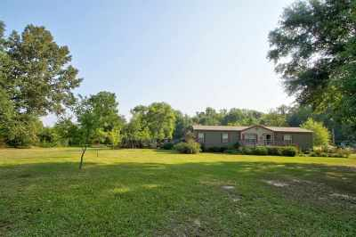 Manufactured Home For Sale: 358 Maple Street