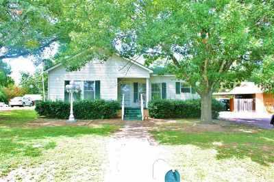 Linden Single Family Home For Sale: 711 E Houston