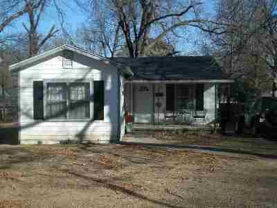 Texarkana Single Family Home For Sale: 2110 Grand