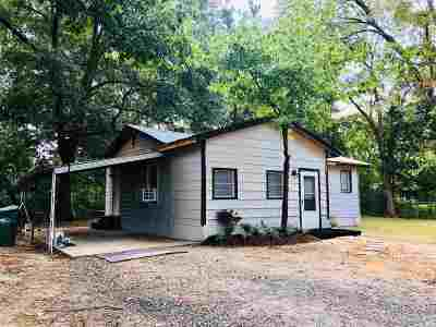 Hooks Single Family Home For Sale: 301 E 1st St