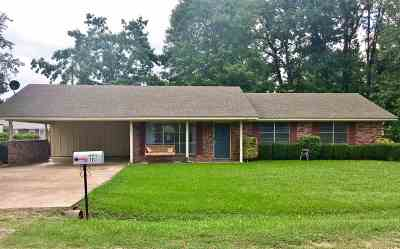Little River County Single Family Home For Sale: 111 Chappelle