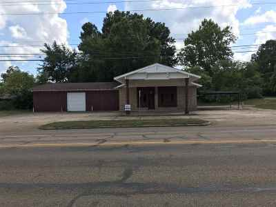 Miller County, Bowie County Commercial For Sale: 309 Westlawn Dr.
