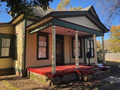 Texarkana Single Family Home For Sale: 2421 County Ave