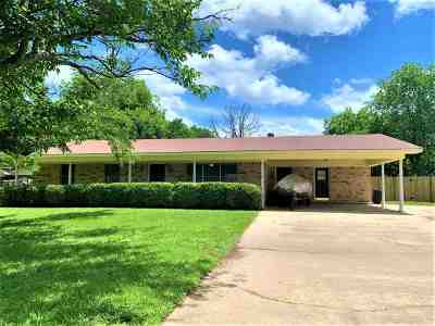 Single Family Home For Sale: 100 E Walters Blvd
