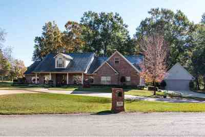 Texarkana Single Family Home For Sale: 185 Lela Circle