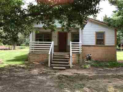 Queen City Single Family Home For Sale: 318 W Lanark