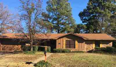 Texarkana Single Family Home For Sale: 3604 Pine Knoll