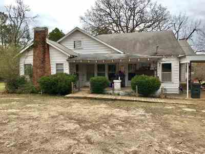 Atlanta Single Family Home Active W/Option: 20048 Fm 1841