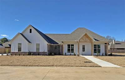 Texarkana TX Single Family Home For Sale: $305,000