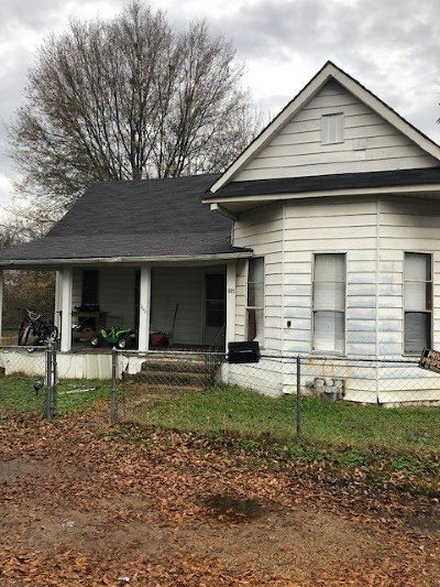Texarkana Single Family Home For Sale: 1523 Maud St.