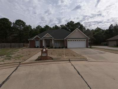 Texarkana Single Family Home For Sale: 6714 Lawson Cir