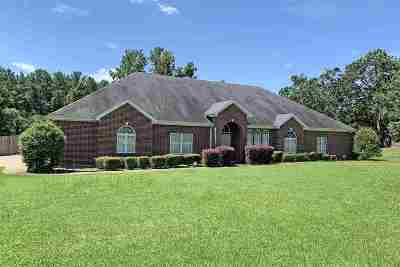 Texarkana TX Single Family Home For Sale: $269,900