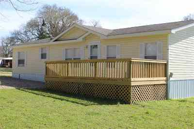 Clarksville TX Manufactured Home For Sale: $120,000