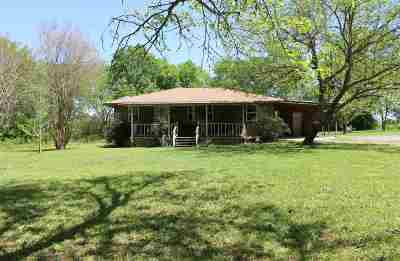 Dekalb Single Family Home For Sale: 463 Fm 44 E
