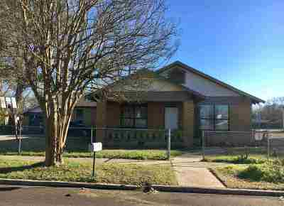 Texarkana Single Family Home For Sale: 1623 W 6th