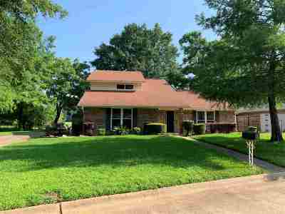 Wake Village Single Family Home Active W/Option: 218 Pine Forest