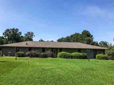 Single Family Home For Sale: 8129 Old Post Road