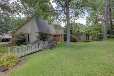 Texarkana Single Family Home For Sale: 3010 Main St