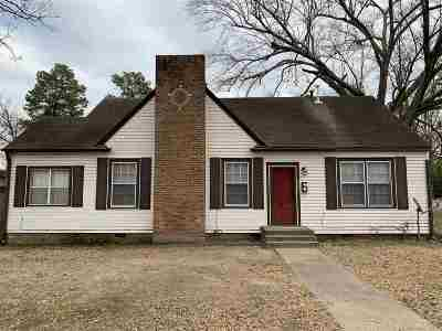 Bowie County Single Family Home For Sale: 3402 Hazel