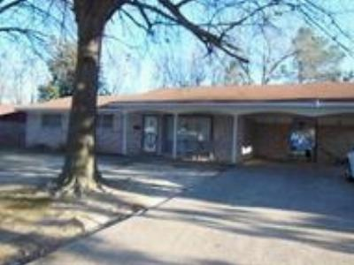 Wake Village Single Family Home For Sale: 704 Hawkins