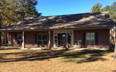 Single Family Home For Sale: 917 Fm 1154