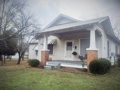 Dekalb Single Family Home For Sale: 600 & 610 S Runnels
