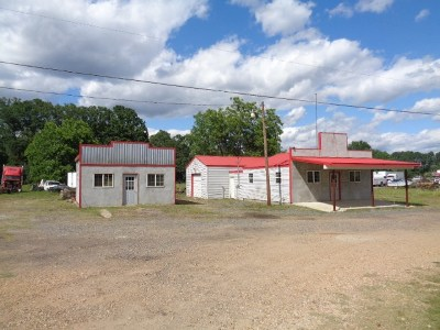 New Boston TX Commercial For Sale: $135,000
