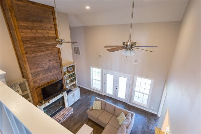 Single Family Home For Sale: 3 Kelli Ct