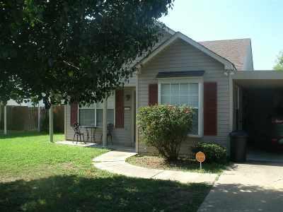New Boston Single Family Home For Sale: 111 Cedar Circle