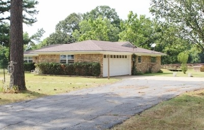 Dekalb Single Family Home For Sale: 19131 Fm 44 W.