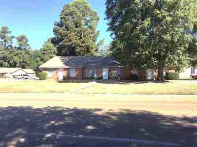 Miller County, Bowie County Multi Family Home For Sale: 2400 Brookridge Drive