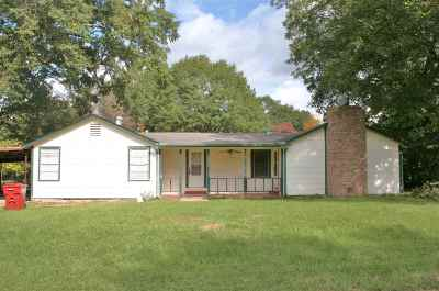 Queen City Single Family Home For Sale: 412 Doris Street