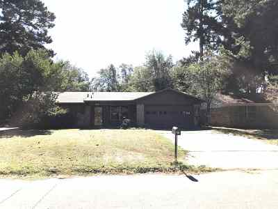 Texarkana Single Family Home For Sale: 38 E Greenfield