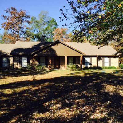 Texarkana Single Family Home For Sale: 17011 Broadleaf